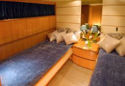 Indulgence of Poole  Overmarine Mangusta 85 Interior 4