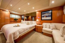 Indulgence of Poole  Overmarine Mangusta 85 Interior 7