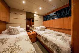 Indulgence of Poole  Overmarine Mangusta 85 Interior 17