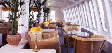 MS Deutschland Howaldtswerke Cruise ship 175M Interior 9