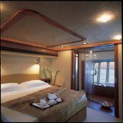 Debra One Ferretti Yacht 731 Interior 2