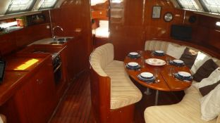 First 53 F5 Beneteau Interior 2