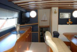 Ketch  25M  Interior 2