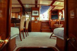Smart Spirit I Schooner 28M Interior 1