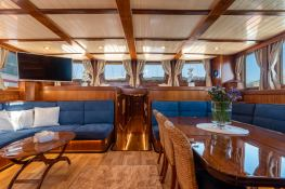 Smart Spirit I   Schooner 28M Interior 10