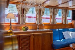Smart Spirit I   Schooner 28M Interior 21