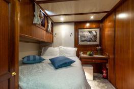 Smart Spirit I   Schooner 28M Interior 23