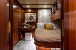 Smart Spirit I   Schooner 28M Interior 11