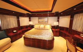 Jaan (ex O'Pari) Intermarine Yacht 42M Interior 2