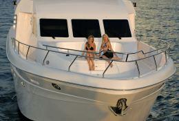 Yacht 86 Gulf Craft Exterior 2