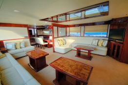 Yacht 86 Gulf Craft Interior 2