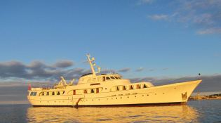 Secret Life (ex Al Mahboba) Feadship Classic yacht 45M Exterior 1