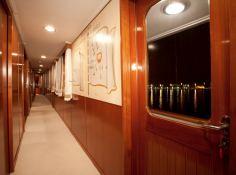 Secret Life (ex Al Mahboba) Feadship Classic yacht 45M Interior 6