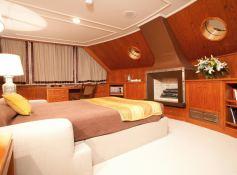 Secret Life (ex Al Mahboba) Feadship Classic yacht 45M Interior 7