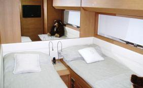 Scintilla  Pershing Yachts Pershing 80 Interior 4