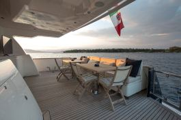 Cappuccino  Tigullio Yacht 32M Exterior 4