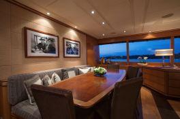 Cappuccino Tigullio Yacht 32M Interior 3