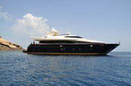 Cappuccino  Tigullio Yacht 32M Exterior 10