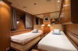Cappuccino  Tigullio Yacht 32M Interior 8