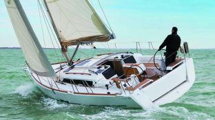 Dufour 350 Dufour Yachts Exterior 3