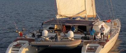 LONESTAR    Catamaran 85 Exterior 1