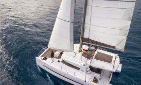 Bali 4.0 Catana Catamaran Exterior 4
