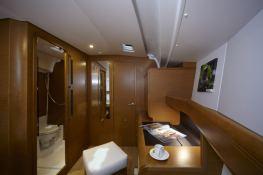 Sun Odyssey 449 Jeanneau Interior 1