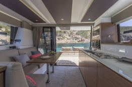 MY 37 Fountaine Pajot Interior 2