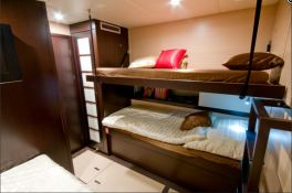 Seazen II Sunreef Catamaran Sail 70' Interior 5
