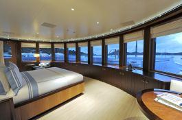 TV (ex MadSummmer) Lurssen Yacht 78M Interior 5