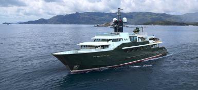 Highlander Feadship Yacht 49M Exterior 1