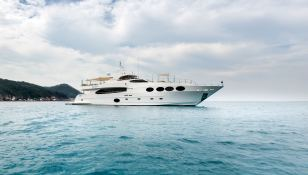 Mykonos Gulf Craft Yacht 107 Exterior 1