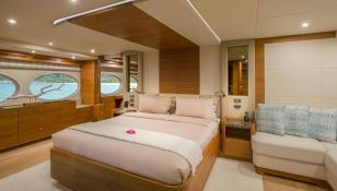 Mykonos  Gulf Craft Yacht 107 Interior 3
