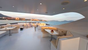 Sapphire Trinity Yacht 50M Exterior 2