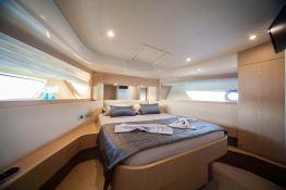 Yacht 620 Ferretti Interior 8