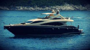 Yacht 86' Sunseeker Exterior 2