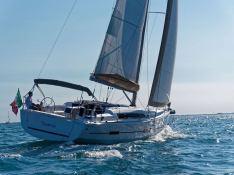 Dufour 412 Dufour Yachts Exterior 6