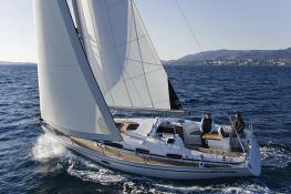 Bavaria 34 Bavaria Yachts Exterior 1
