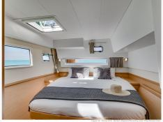 Lagoon 42 with A/C Interior 3