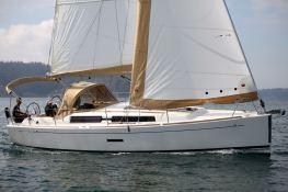 Dufour 335 Dufour Yachts Exterior 1