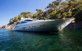 Tiger Lily Of London  Pershing Yachts Pershing 90 Exterior 2