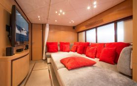 Tiger Lily Of London Pershing Yachts Pershing 90 Interior 4