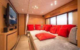Tiger Lily Of London Pershing Yachts Pershing 90 Interior 4