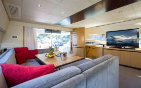 Tiger Lily Of London  Pershing Yachts Pershing 90 Interior 2