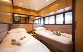 Tiger Lily Of London Pershing Yachts Pershing 90 Interior 6