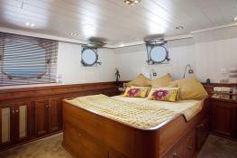 Motoryacht 40M  Interior 3