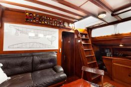 Sloop 72  Interior 2