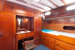 Sloop 72  Interior 5