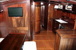 Sloop 52' Interior 1