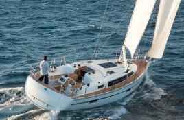 Bavaria 37 Bavaria Yachts Exterior 2